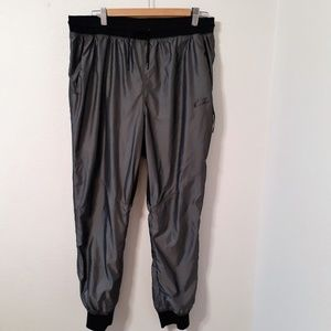 NIKE WOMENS WOVEN T2  ATHLETIC PANTS LARGE